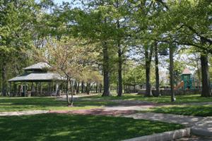 Schoolhouse Park shelter